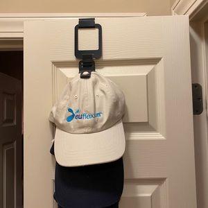 NWT Over the Door Hat Holder Multi-Dozen Capable